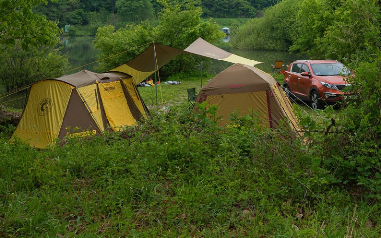 10 Best Wall Tents: Definitive Review (Buyer's Guide) (2021)