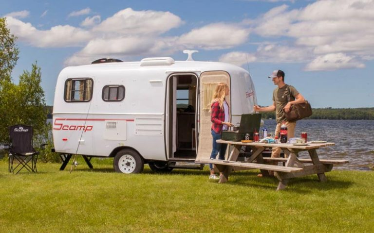 17 Best Small Travel Trailers & Campers On the Market For (2021)