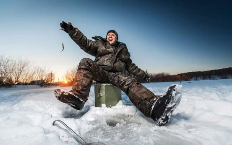 10 Best Ice Fishing Boots (2021)Definitive Guide [New Research]